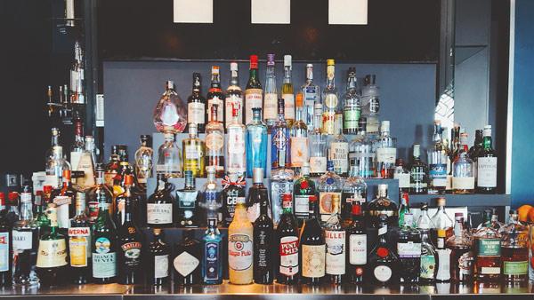 あとはお好きなお酒を選ぶだけ